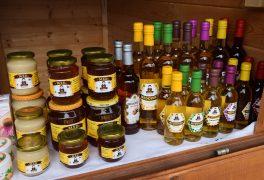 Farmářský trh s vánočním sortimentem