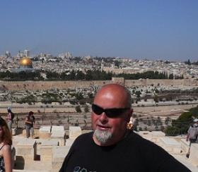 Beseda o Izraeli s Danielem Haslingerem