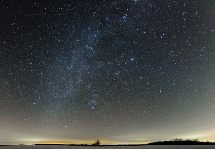 Beseda: Proč c(h)tít tmavou noční oblohu?